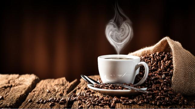 """""""القهوة والخردل"""".. تجنب هذه الأشياء إذا كنت على معدة فارغة"""